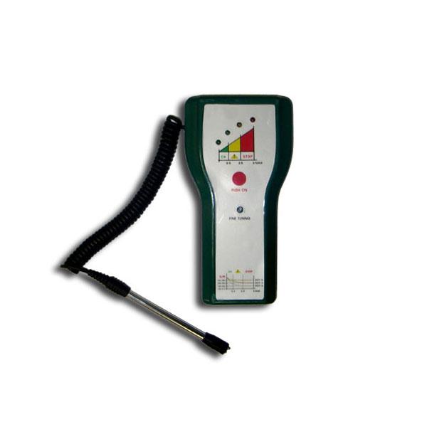 Зонд, которым оснащен тестер, является гибким, что позволяет производить тестирование в.