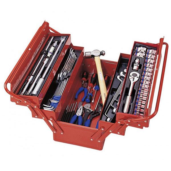 Фото: Наборы инструментов в ящиках